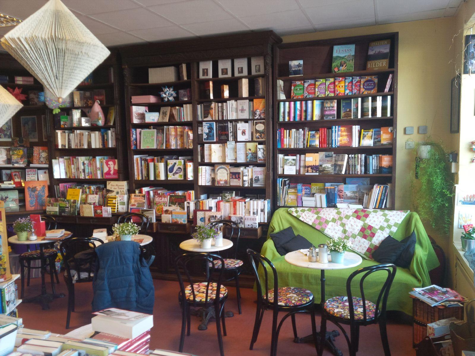 Buchhandlung Friebe mit Café