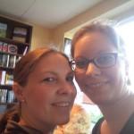 Zwei Schwestern, viele Bücher...