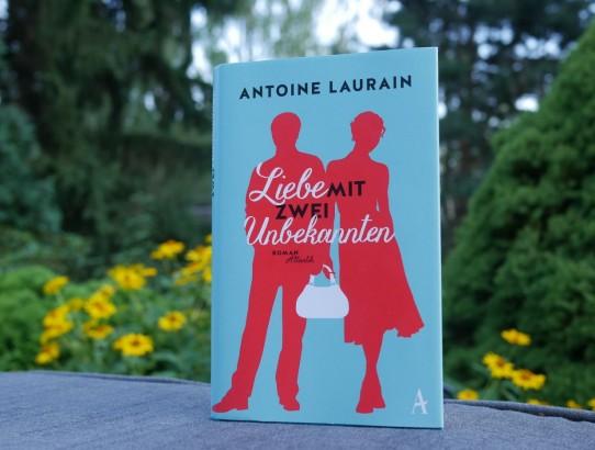 Laurain Liebe mit zwei Unbekannten