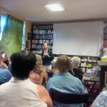 Diogenes zu Besuch in der Buchhandlung Friebe